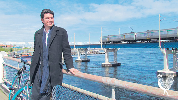 • Greens senator Scott Ludlam reckons he can squirrel $200 million out of the next federal government for a new traffic bridge. Photo supplied