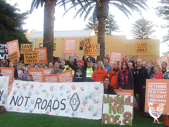 Protestors against the Perth Freight Link rallied in Fremantle on Wednesday afternoon.