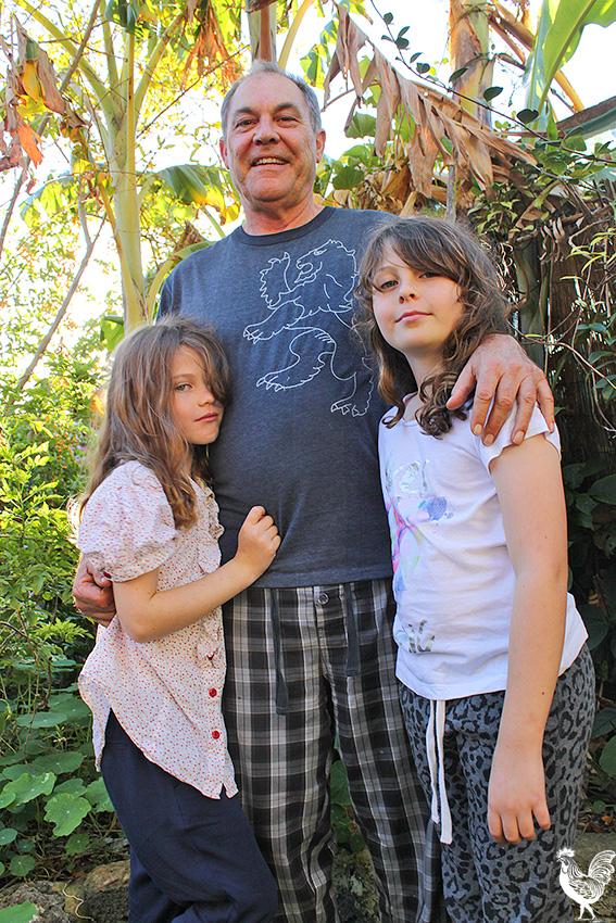 • Lola Valentine (7), Brett Claughton and Lily Rose (9). PhotobyStephenPollock