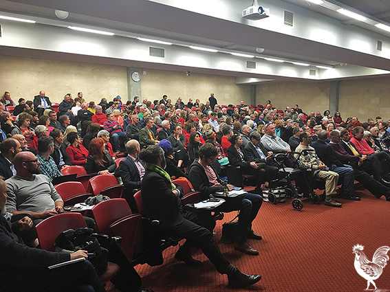 • About 250 people packed the Fremantle candidate's forum, with even the candidates looking a little under-awed by the occasion. PhotosbyStephenPollock