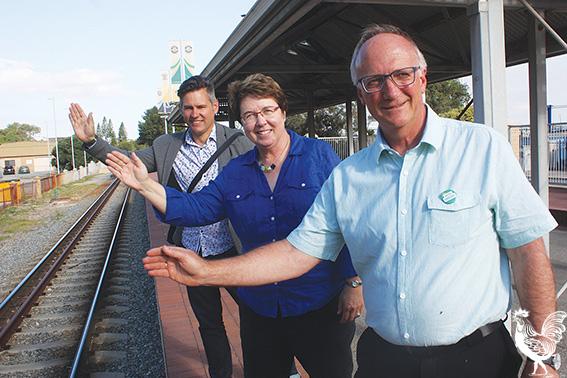 • Fremantle mayor Brad Pettitt, Greens MLC Lynn MacLaren and Fremantle candidate Martin Spencer.